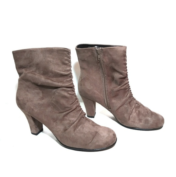 AEROSOLES Shoes - Aerosoles Ruched-front Ankle Boots